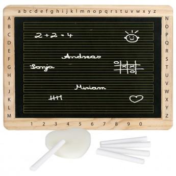 Tabule s dřevěným rámem, písmenky a čísly