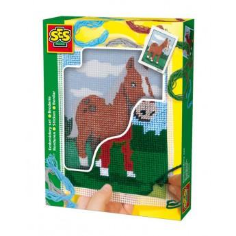 Vyšívání dečky - kůň