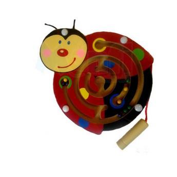 Motorické a didaktické hračky - Magnetický labyrint - Beruška