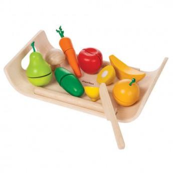 Ovoce a zelenina na tácu