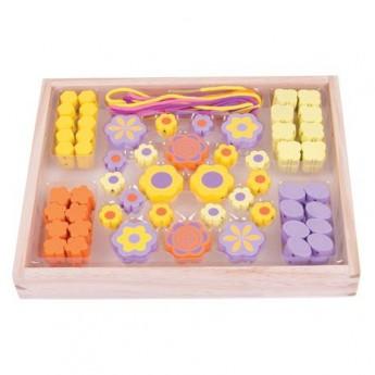 Pro holky - Navlékací korálky Květinky v krabičce