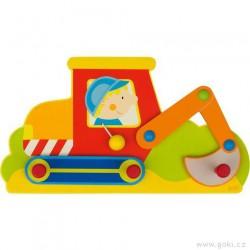 Dětský věšák ze dřeva – bagr